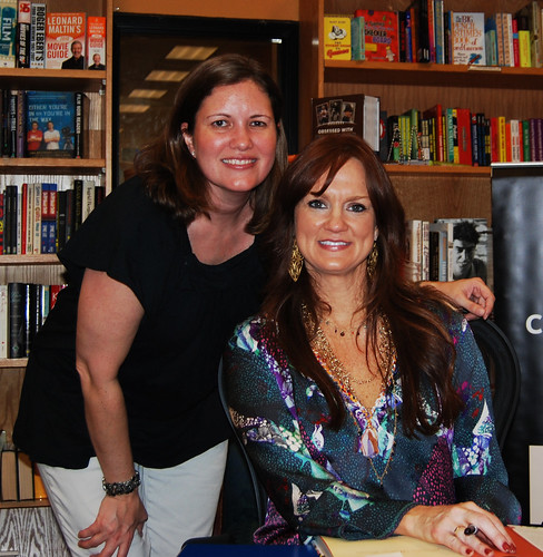 Dana Brown and Ree Drummond - Pioneer Woman Book Signing Tempe Arizona