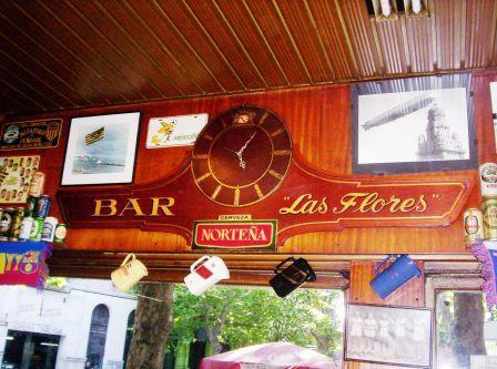 bar de avenida las flores montevideo 1