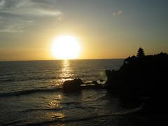 IMGP2816 (annekuolukito) Tags: ocean november sunset bali beach indonesia temple hindu 2009 tanahlot