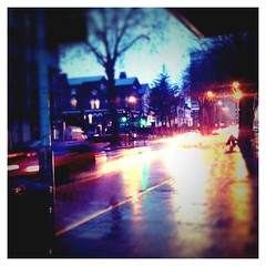 A real winters day... (Cherrybomb Ink) Tags: uk london apple landscape photography streetlights lofi wintersday vignette cherrybomb iphone funphotography 16gb iphone3g bestcamera iphonephotography december2009 cherrybombink tiltshiftgenerator