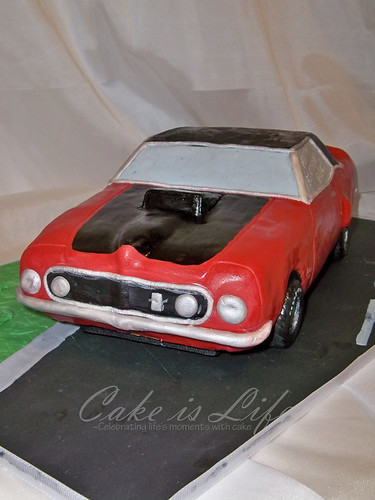 ford mustang cake pan