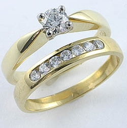 Diamond and Wedding Rings Wedding ring sets with golddiamond materials