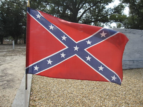 From flickr.com: Confederate Flag in Biloxi {MID-168398}