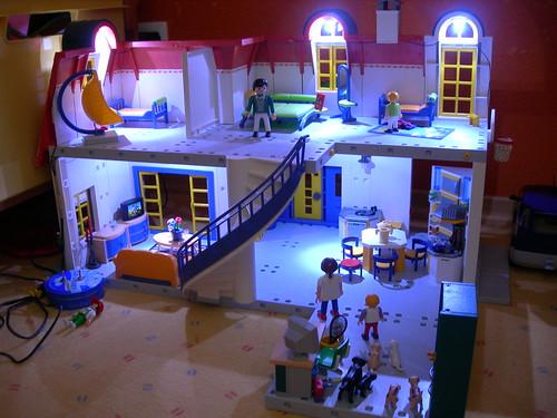 playmobil puppenhaus mit licht