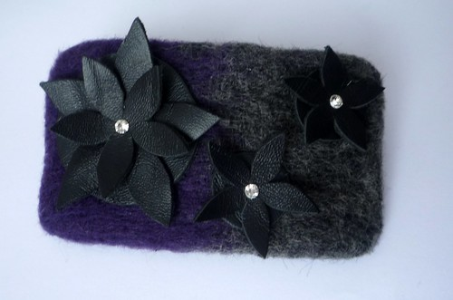 hair-clip with flowers
