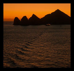 Cabo sunset (Nick..mizen) Tags: sunset mexico cabo sunsetmania cloudsstormssunsetssunrises