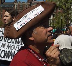 "Fight Back with ""Bumper Buckshot"" (Tim Pierce) Tags: party tea massachusetts politics bumper bostoncommo"