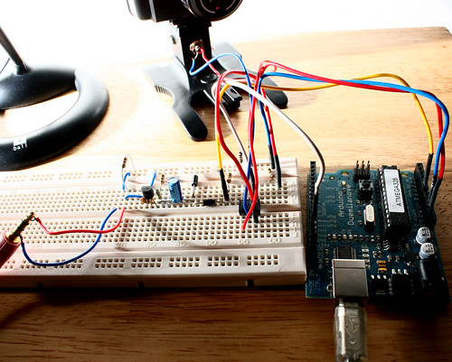 Sound Sensor Flash Trigger Circuit with Arduino
