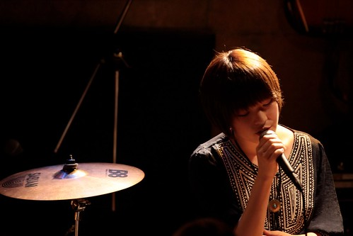 PostWind: Misaki singing at a livehouse by +akane+