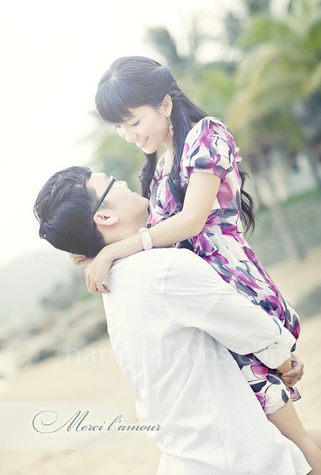 chụp hình cưới bãi biển Đà Nẵng