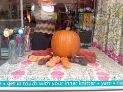 Fall window display @ tangle