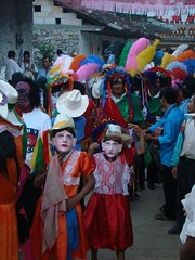 Indigenas_06 (Gionitz_PIC) Tags: cultura indigenas tradicion rostros trajestípicos culturamexicana trajesregionales fiestasregionales totonacos rostrosdemexico rostrodemexico
