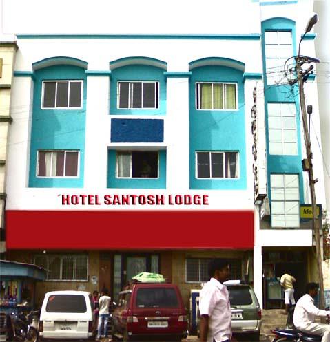 HOTEL SANTOSH. JEJURI.