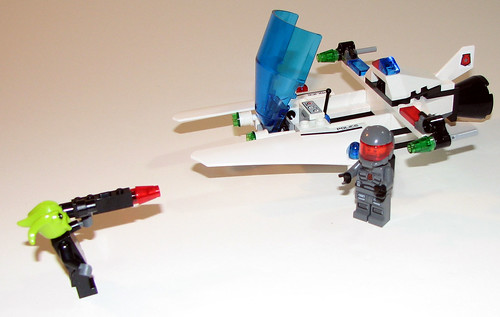LEGO Space Police 5981 - Raid VPR - Completed - 1