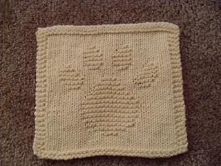 Dog Paw Knitting Pattern : Ravelry: Paw Print Cloth pattern by Rhonda White