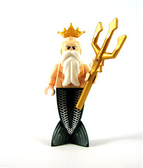 King Neptune (Sir Nadroj) Tags: new king lego minifig mermaid poseidon neptune triton 2010 merman minifigure altantis