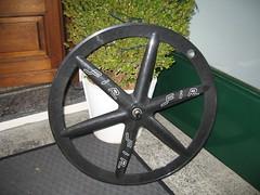 FIR carbon front wheel (caale) Tags: wheel track front fir fixed fixie carbon pista hed cerchio profilo razze aerospoke carbonio 6spoke