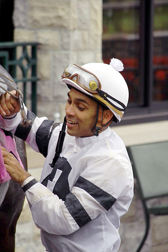 happy-jockey