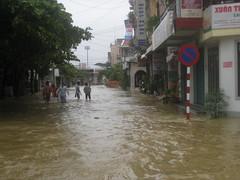Typhoon Ketsana (Steve.P.NYC) Tags: storm flood vietnam tropical hue typhoon ketsana