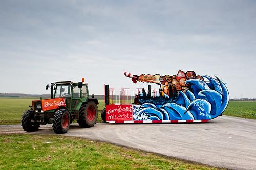 karnevalswagen von SEAK designt. Schirmherr: Jürgen Becker