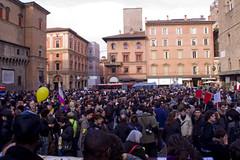MG_7323 (Zeroincondotta) Tags: bologna piazzadelnettuno migranti scioperogenerale 1marzo
