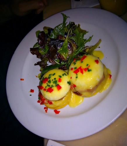 NYC_Sarabeth's_Eggs Benedict