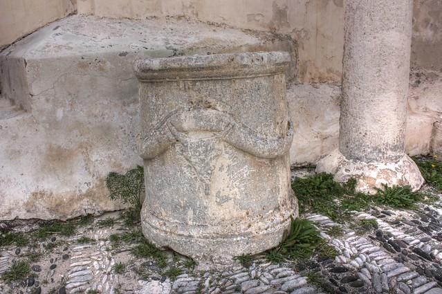 Roman Heroon
