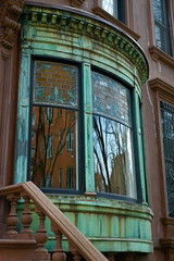 Grace court,Brooklyn Heights,NY (nikonman3) Tags: camera city nyc newyorkcity urban usa ny newyork color colour building classic window water architecture brooklyn america river fire photography harbor boat photo nikon cityscape afternoon d70 metro d70s american iphoto nikkor tugs manhatten bldg 1870 nikkor1870 70300vr newyorkcityd70s