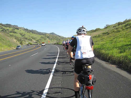 Paceline w/ 8 riders (Hwy101 southbound)