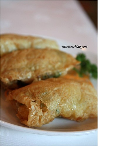 Deep Fried Bean Curd Skin Roll with Shrimps