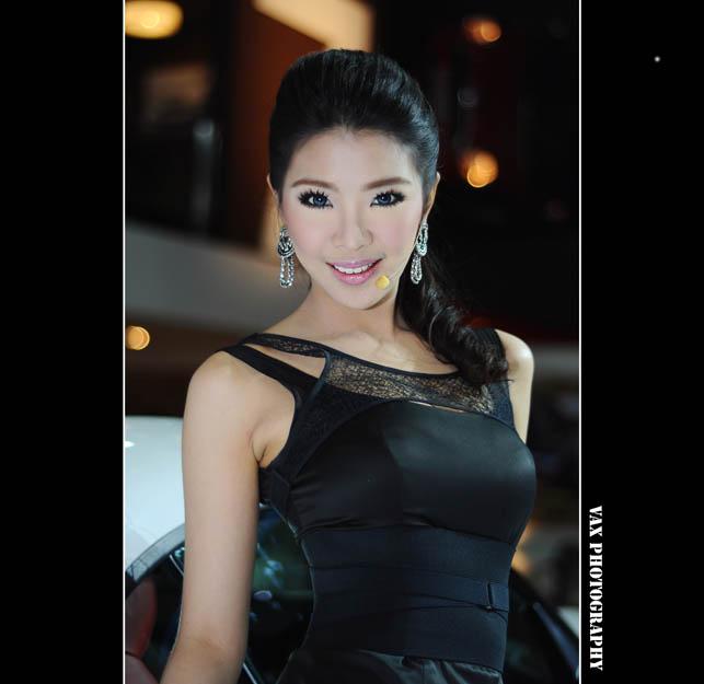 Bangkok Motor show girls 04