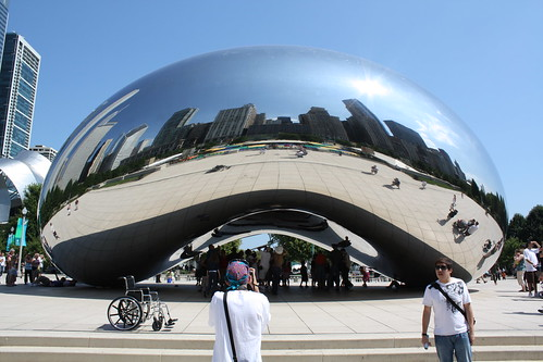 Anish Kapoor's Cloud Gate by KPbIM©