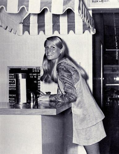70s miniskirt