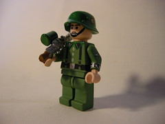 waffen SS soldier ww2 LEGO (MR. Jens) Tags: wiking lego sweden ss hazel ww2 custom waffen mg34