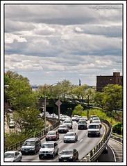 Traffic & Liberty! (rssarma) Tags: nyc newyork iso100 manhattan noflash brooklynbridge statueofliberty f80 pier17 brooklynicecreamfactory olympuse1 1260mmf4