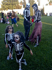 Skeleton Family (johnwilliamsphd) Tags: cameraphone california ca family girls copyright cemetery john dayofthedead skeleton la losangeles williams c father mother hollywood diadelosmuertos hollywoodforever iphone  williams john johncwilliams johnwilliamsphd phd