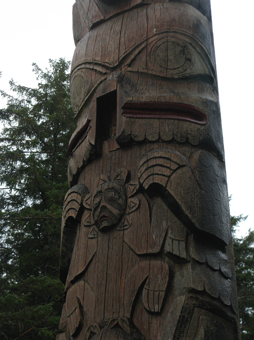 raven figure missing its beak, Kasaan Totem Park, Kasaan, Alaska