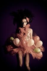 Nathália França (Jayme Diogo) Tags: luz fashion flash moda modelo jayme goiânia morena balões cabelos cacheados