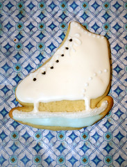 Ice Skate (alicakescupcakery) Tags: blue white shoe cookie sugar alicakes winterthemed alicakescupcakery