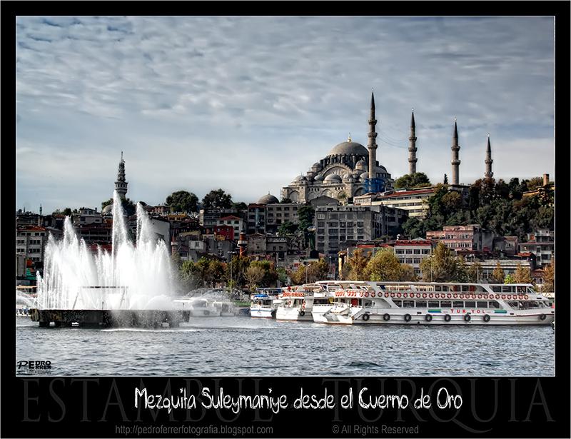 Mezquita Süleymaniye desde el Cuerno de Oro.