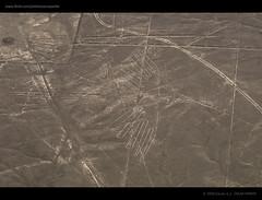 NAZCA_PER 23 w (E S T U D I O  P E R F E R) Tags: machu picchu inca oscar nikon colombia lima cusco sigma ciudad nios per caras piramides tamron 4h 1020 2009 nazca lineas piramide caral 70300 arqueologa chullo perfer 18250mm d300s