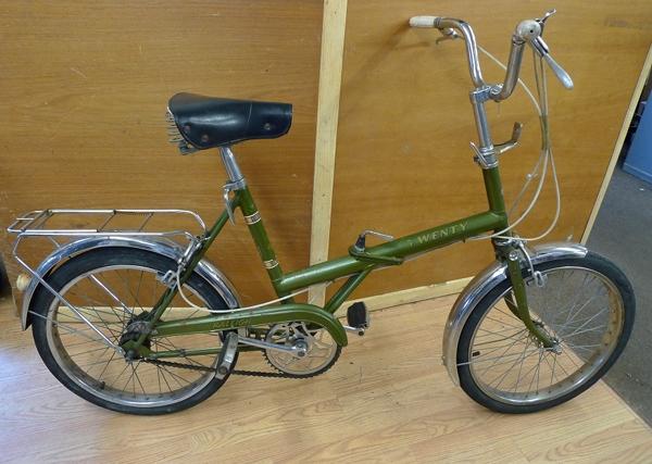 Little Green Bike Trying The Raleigh Twenty