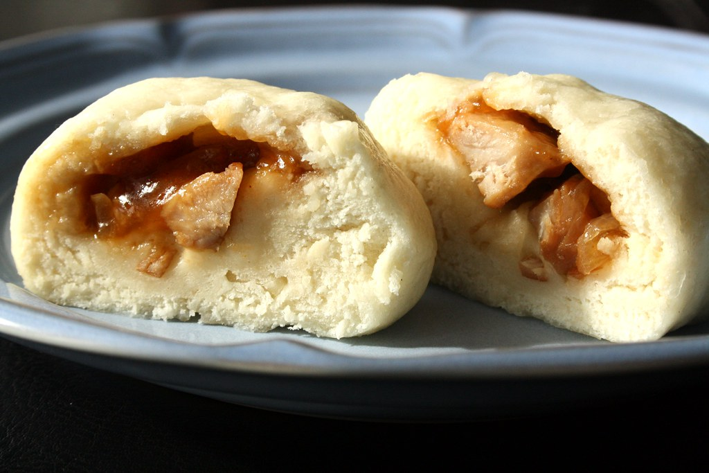 Steamed Barbecue Pork Buns