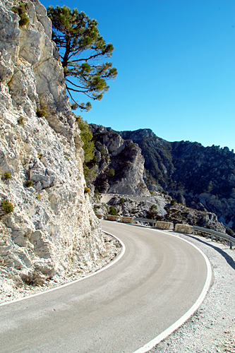 spanish-mountain-pass