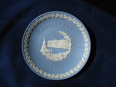 Wedgwood 1979 Christmas Plate (maryloye) Tags: jasper buckinghampalace 1979 wedgwood collectorplate christmasplate jasperware