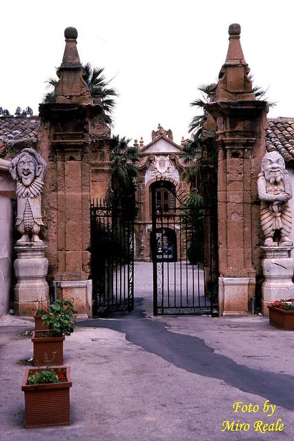 Villa Palagonia i pupi (Bagheria PA)