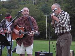 para la Tierra bonk for the bellbirds concert blues with guitars and harmonica