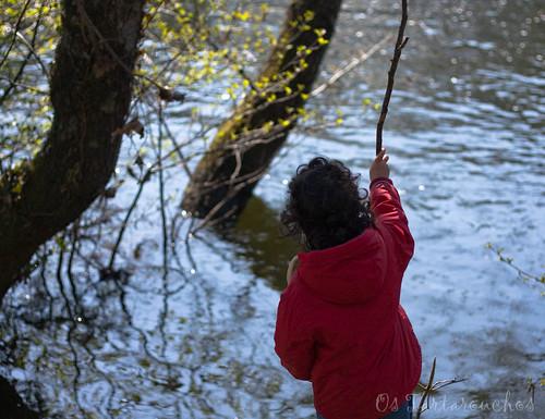 no río