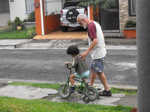En bici por la mañana