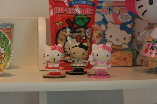 Hello Kitty Three Apples Exhibition Royal T Cafe